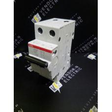 Автоматический выключатель ABB 2-полюсный SH202L C20 (автомат)